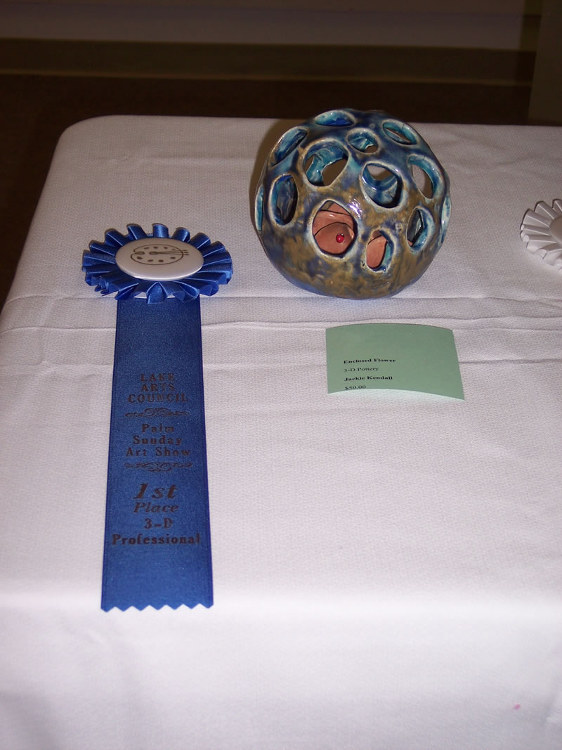1st Place Professional 3-D Jackie Kendall Enclosed Flower